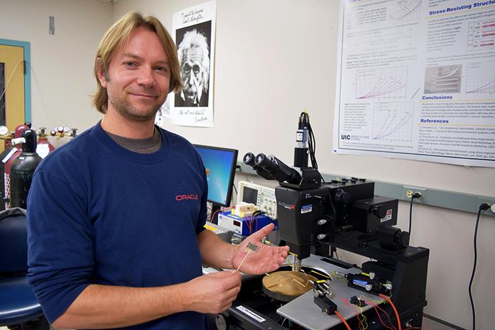 Professor Igor Paprotny, UIC ECE researcher